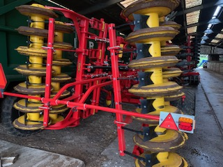Used Vaderstad TD400 Cultivator for sale in Cambridgeshire full