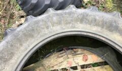 ONEr of ContinentalContract AC85 460/85 R38 tyreswith 10% tread full